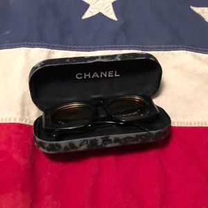 Authentic Chanel Quilted Sunglasses w/case unisex